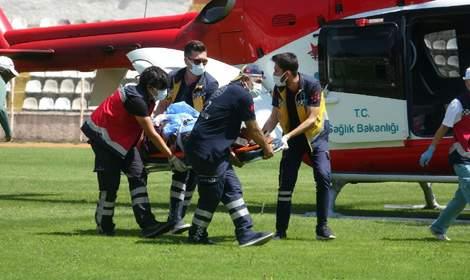 Kazada ağır yaralanan kadına, ambulans helikopterle sevk