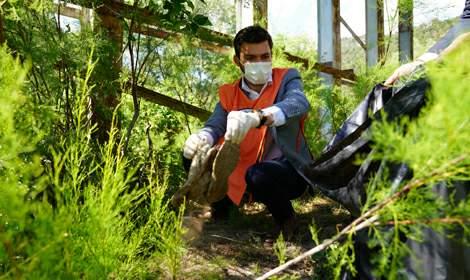 Başkan Karagöl, TEMA gönüllüsü çocuklarla beraber çöp topladı