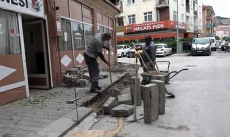 Tokat'ta yol, parke, asfalt çalışmaları sürüyor