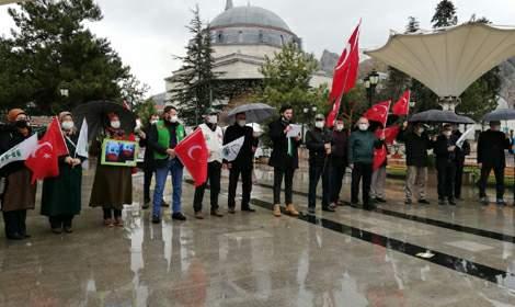 Tokat'ta; Kızılay, Memur-Sen ve diğer STK'lar  Çin zülmünü lanetledi