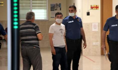 Doktora saldıran şüpheli, akıl sağlığı raporu için hastaneye sevk edildi