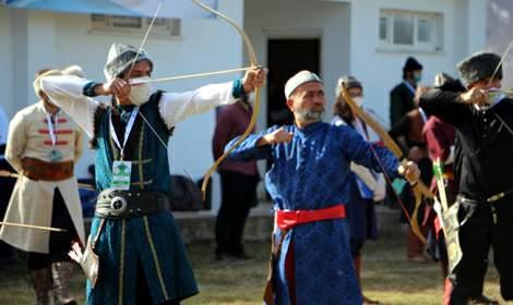 Tokat'ta geleneksel okçular sıralamaya girebilmek için yarıştı