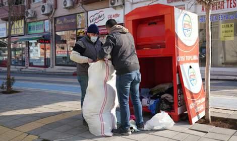 Erbaa'da giysi kampanyası devam ediyor