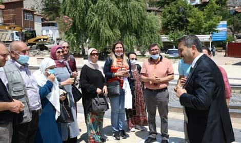 Eroğlu, 'Sulusokak 900 adımda 900 yıllık tarihi içinde barındırıyor'