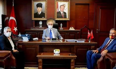 'İzmir ve Halkı seninle çok mutlu Vali Köşger' A. Erol Diker 'kaleminden
