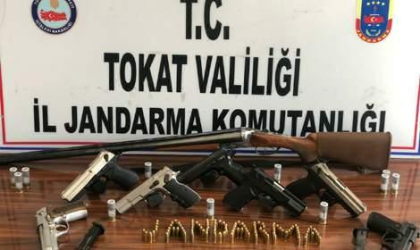 Jandarmanın uyuşturucu operasyonlarında 10 gözaltı