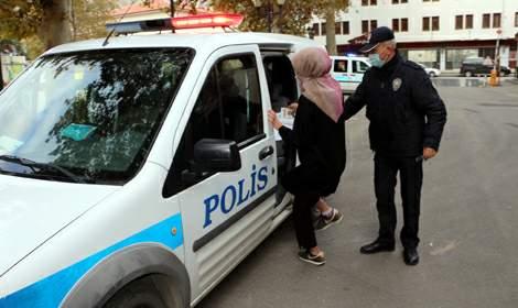 KPSS adaylarının yardımına polis ekipleri yetişti