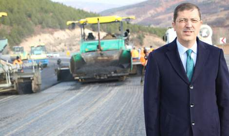 Mustafa Arslan, 'Tokat-Sivas karayolu en önemli yollardan birisi olacak'