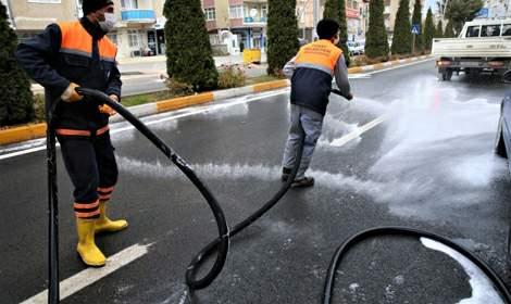 Sokağa çıkma kısıtlamasında cadde ve sokaklar temizlendi