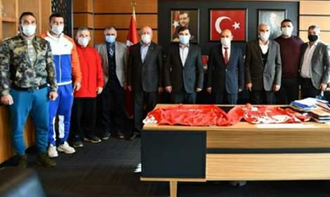 Başkan Musa Aydın Yalova Altınova Belediyesi'ni ziyaret etti