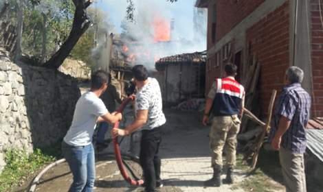 Tokat'ta müstakil evde yangın
