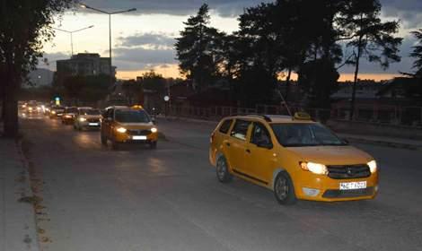 Niksar'da taksiciler 'Korsana hayır' eylemi düzenledi