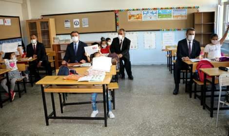 Tokat'ta öğrencilerin karne heyecanı