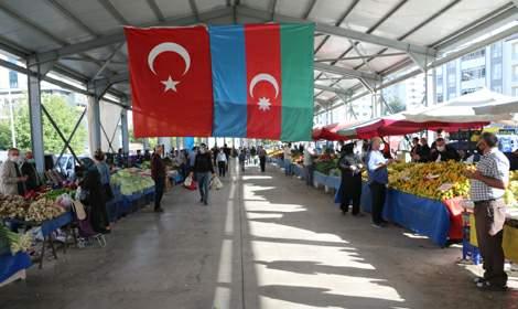 Tokat'ta pazarcılardan Azerbaycan için dua