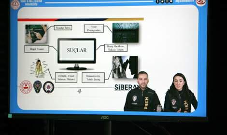 Tokat polisinden öğrenci ve ailelere çevrim içi eğitim