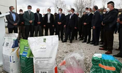 Zile'de Çiftçilere 23 Ton Tohum Dağıtıldı