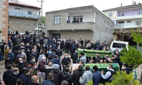 Reşadiye'de trafik kazasında ölen 2 kişi toprağa verildi