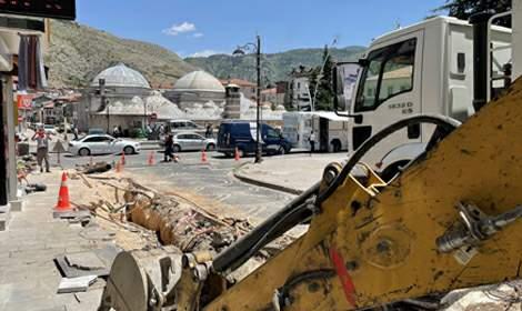 Tokat'ta Sulusokak Caddesi'nin altyapısı yenileniyor
